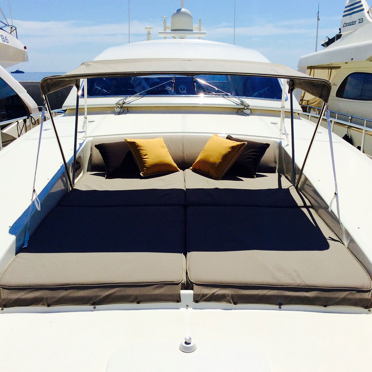 leopard 23 africa dream yacht charter monaco nice cannes. Black Bedroom Furniture Sets. Home Design Ideas